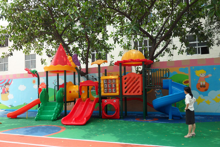 project of 2 to 12 years old kids playground equipment